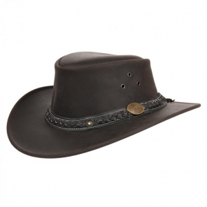 Cowboys Hat in leather by Scippis with wide  brim - In tipico stile western con la tesa leggermente piegata si presenta questo cappello di Scippis. In p...