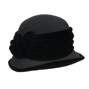 cappelleria Hutstuebele - cappelli e berretti per uomo donna bambino 9847dbf7197e