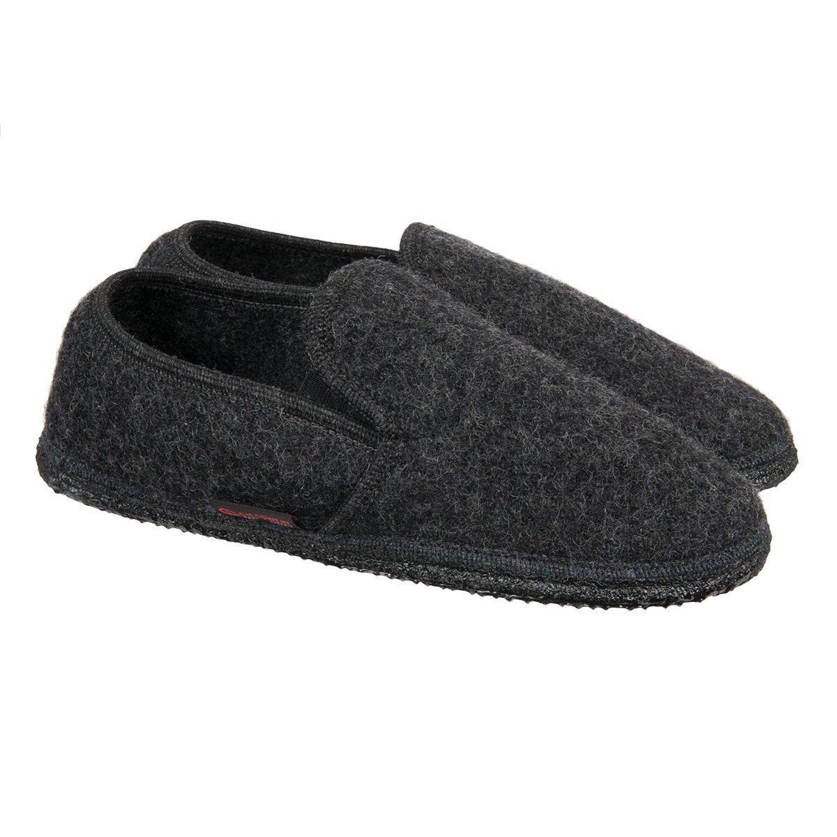 93a436f4e8584 Pantofole per uomo e donna firmate Giesswein modello Niederthal con suola  antiscivolo ...