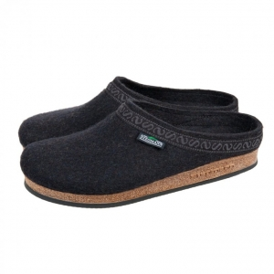 The high quality slippers in felt of STEGMANN c05fd0e9afd