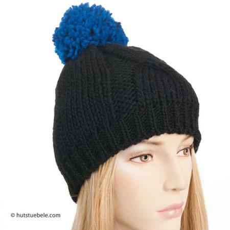berretto da donna con ponpon 2e7017d521e0
