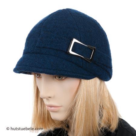 berretto in lana cotta con visiera corta bdee77f7b535