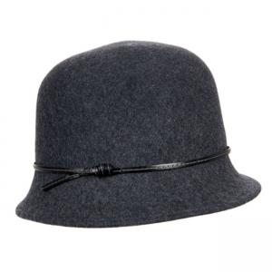 Cappello modello campana da donna con fascia di cuoio 8e2ad7266beb