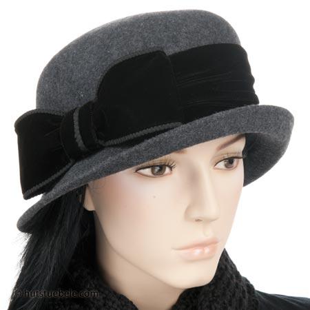 Elegante copricapo da donna con fiocco in velluto 6a527c850f2f