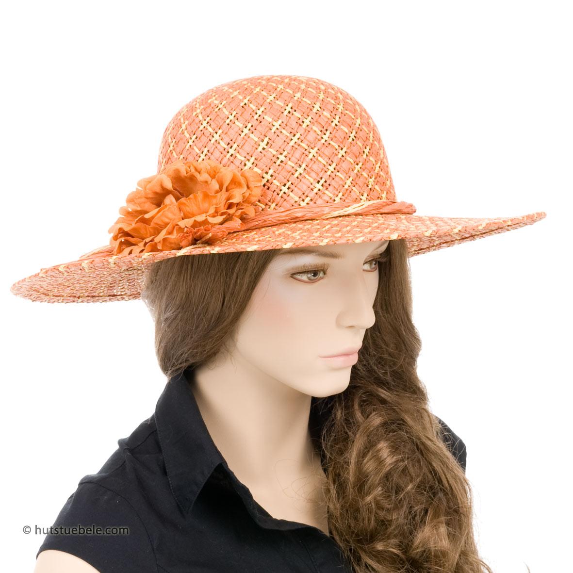 cappello di paglia da donna